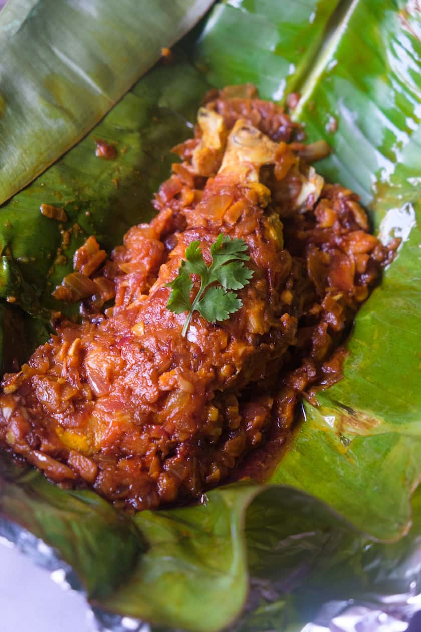 Fish-cooked-in-banana-leaf