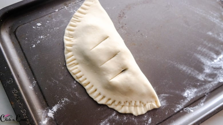 calzone recipe is being kept on the baking tray