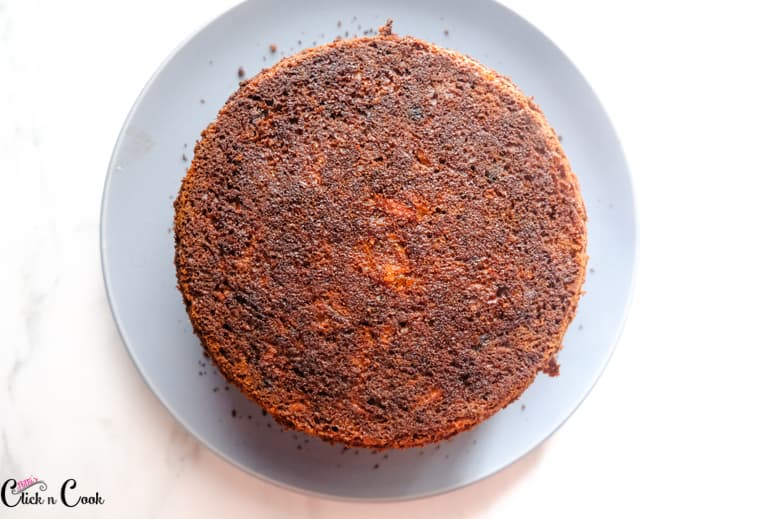 carrot cake recipe is on the grey plate