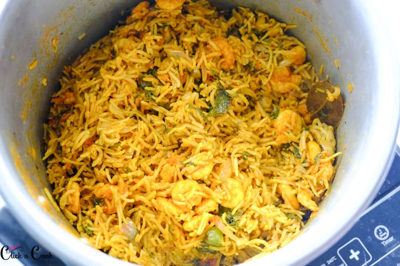 prawn dum biryani is in pot